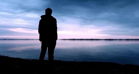 شعر در مورد پشت سر حرف زدن , شعر در مورد پشت سر دیگران حرف زدن , شعر درباره پشت سر حرف زدن , شعر در مورد پشت سر حرف زدن مردم