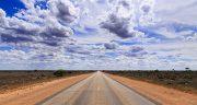 شعر در مورد جاده ، برفی و بی انتها زندگی و عشق و تنهایی
