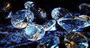 تعبیر خواب الماس ، سفید و قرمز و آبی و صورتی و زرد و سیاه بزرگ و شکسته