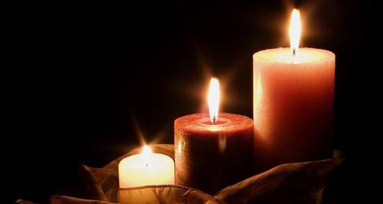 شعر در مورد شمع ، و گل و پروانه و شمعدانی و تاریکی از سعدی و حافظ