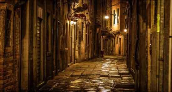 شعر در مورد کوچه ،های قدیمی باغ و تنهایی و بن بست عشق از سهراب سپهری