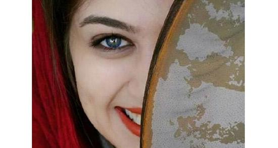 شعر در مورد لبخند یار ، دوبیتی و متن درباره خنده از ته دل و لبخند عاشقانه دختر