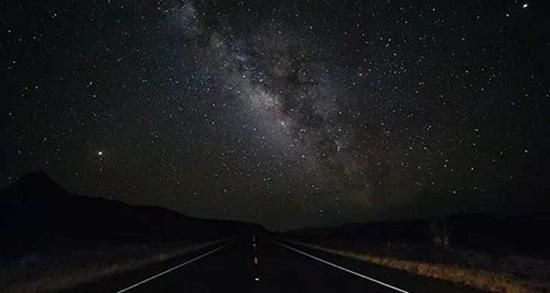 شعر در مورد تاریکی شب ، شعر تاریکی و روشنایی و آرامش شب + شب و تنهایی