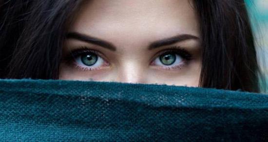 شعر در مورد نگاه ، متن زیبا و کوتاه در مورد چشمان سیاه من و نگاه به دوردست