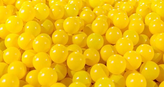 شعر در مورد رنگ زرد ، شعر شال و لباس و گل زرد + جملات زیبا درباره رنگ ها