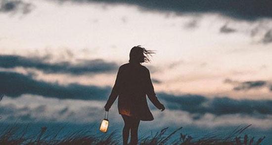 متن در مورد سکوت ، کردن اجباری زن و سکوت شب + سکوت گورستان و کوهستان