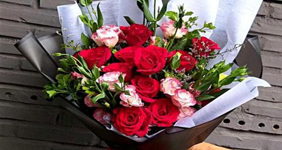 جملات ناب تولد ، رفیق و همسر و پدر و خواهر + جملات بزرگان برای تبریک تولد