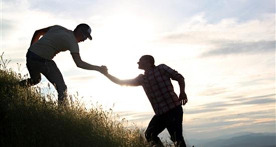 شعر زیبا برای دوست با معرفت ، شعر رفیق و دوست از شاملو و حافظ