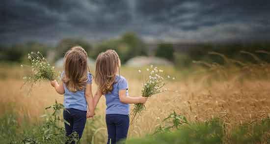 بهترین جملات در مورد رفیق ، متن زیبا برای خاطره نویسی برای دوست