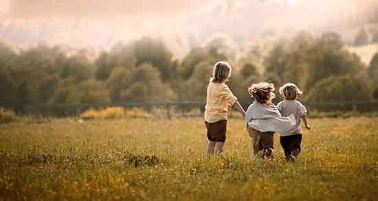 ناب ترین جملات در مورد رفیق ، متن زیبا برای خاطره نویسی برای دوست