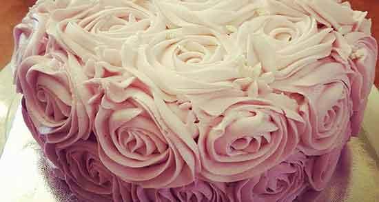 شعر طنز تولدم مبارک ، جمله خنده دار روی کیک تولد + متن تبریک تولد خفن